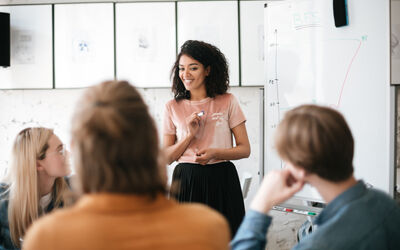 Formation Continue 101: 4 Tips to Ace Your Presentation in Class